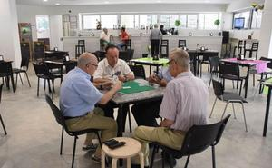 Cinco barrios de Badajoz reclaman locales para organizar actividades vecinales