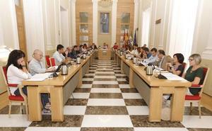Cáceres declara personas 'non gratas' a los miembros de 'La Manada'