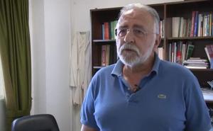 El catedrático y ex rector de la Uex Ginés Salido, galardonado con un premio nacional por su estudio de la fisiología celular
