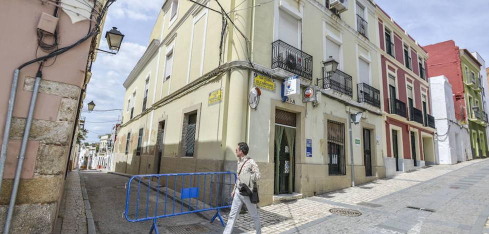 La Guardia Civil hace varios registros en el Casco Antiguo de Badajoz en una operación relacionada con robos
