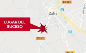 Una motorista de 22 años resulta herida en una salida de vía cerca de Zafra