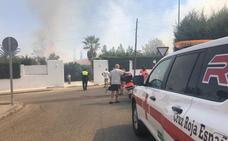 Cruz Roja atiende a tres personas en un incendio en Las Vaguadas