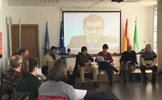 Gallardo explica a los alcaldes de Montijo y Puebla los avances de los proyectos Dusi