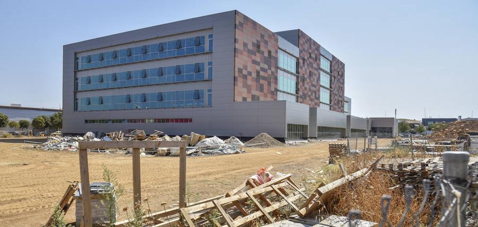 Problemas económicos de la constructora frenan las obras de la Ciudad de la Justicia de Badajoz