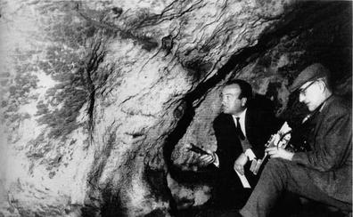 Premian a título póstumo al descubridor de las pinturas rupestres de Maltravieso