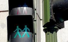 Prueban en Alemania un chip para que los ancianos puedan ampliar la duración del semáforo