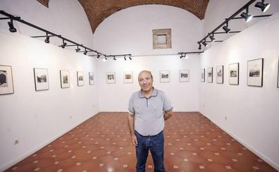 El Palacio de las Cigüeñas de Cáceres acoge la muestra 'Huellas imborrables'