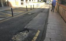 Nuevos baches esperan asfaltado en Almendralejo