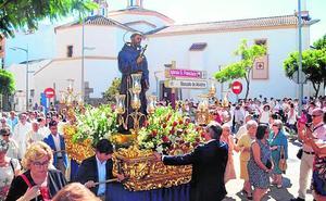 La parroquia de San Francisco vive una procesión histórica