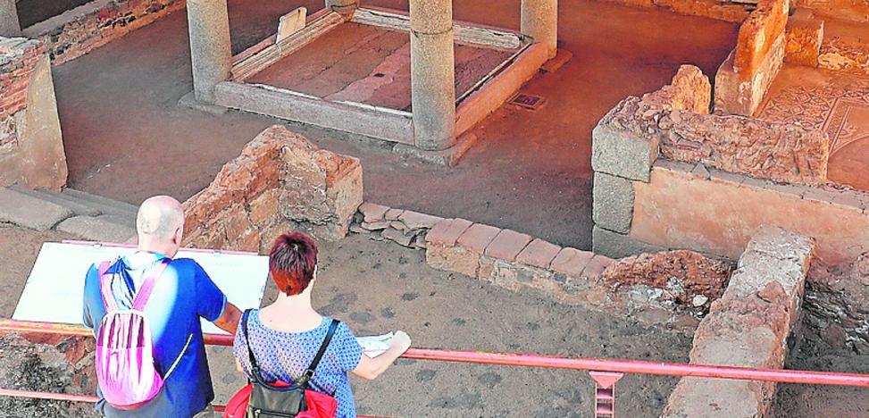 El Consorcio de Mérida renovará la panelería de la Casa del Mitreo