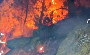 El Infoex da por estabilizado el incendio forestal declarado en Las Hurdes