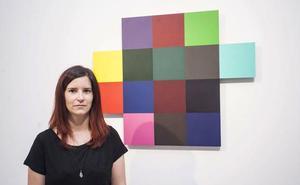 La cacereña Beatriz Castela expone 'Glitch' en Pintores 10