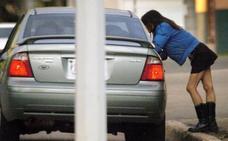El IMEX alerta del peligro de las redes sociales para captar víctimas de la prostitución