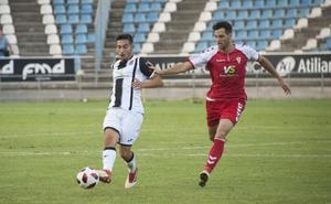 Mario Gómez vuelve a casa «muy motivado»