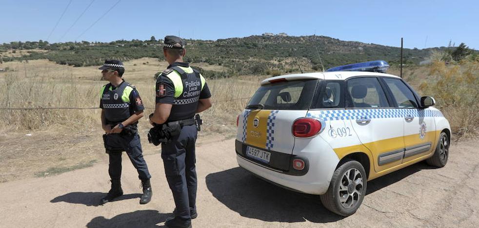 La Junta pide que se facilite a los municipios convocar plazas de Policía Local