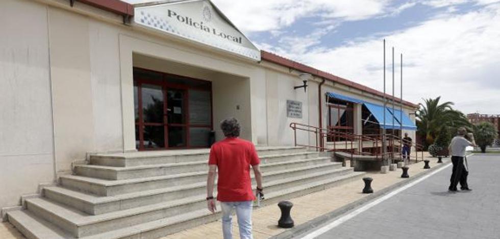 Un año y 10 meses de prisión para el autor del robo de la pistola del jefe de la Policía Local de Cáceres