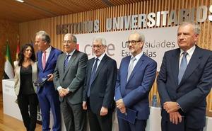 Segundo Píriz destaca que han sido «ocho años muy difíciles» al frente de la UEx