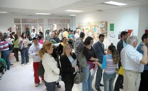 El Plan de Empleo Social permitirá contratar a 425 personas en Badajoz y Cáceres
