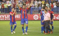 El Extremadura se regala una victoria