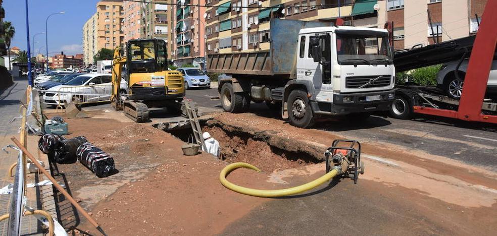 Salen a concurso las obras para renovar las tuberías en quince calles de Badajoz