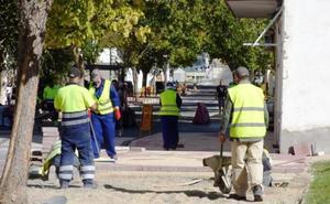 El Ayuntamiento de Navalmoral contratará a 43 desempleados antes de fin de año