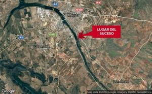 Dos heridos en la salida de vía y posterior vuelco de un turismo en Mérida