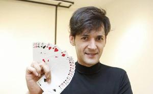 Cáceres se llena de espectáculos de ilusionismo y trucos con 'Expomagia'