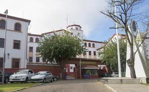 La Policía reduce a un delincuente que arrebató la pistola a un agente en la comisaría de Badajoz
