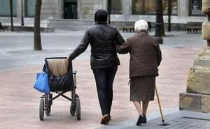 El IMAS prorroga el contrato de ayuda a domicilio en Cáceres por un millón de euros