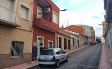 Intenta matar a su mujer delante de su hijo de 12 años y luego se suicida en Murcia