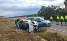 Dos mujeres heridas en la colisión de dos coches en la Carretera de la Corte