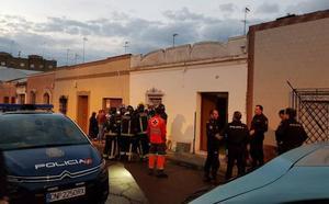 Cuatro personas atendidas tras desplomarse el techo de una casa en Almendralejo