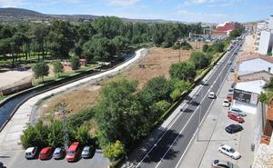 El alcalde de Plasencia pide por carta a los dueños de las huertas que perdonen los intereses