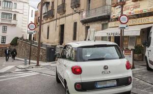Cáceres quiere acabar con la picaresca para acceder en coche al casco histórico