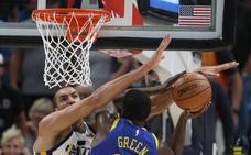 Los Warriors hacen valer su condición de campeones