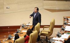La tasa de pobreza enfrenta a Vara y a Monago en la Asamblea