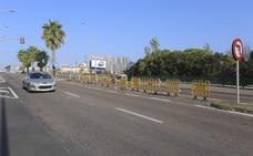 Semáforos estropeados junto a las Josefinas en Mérida
