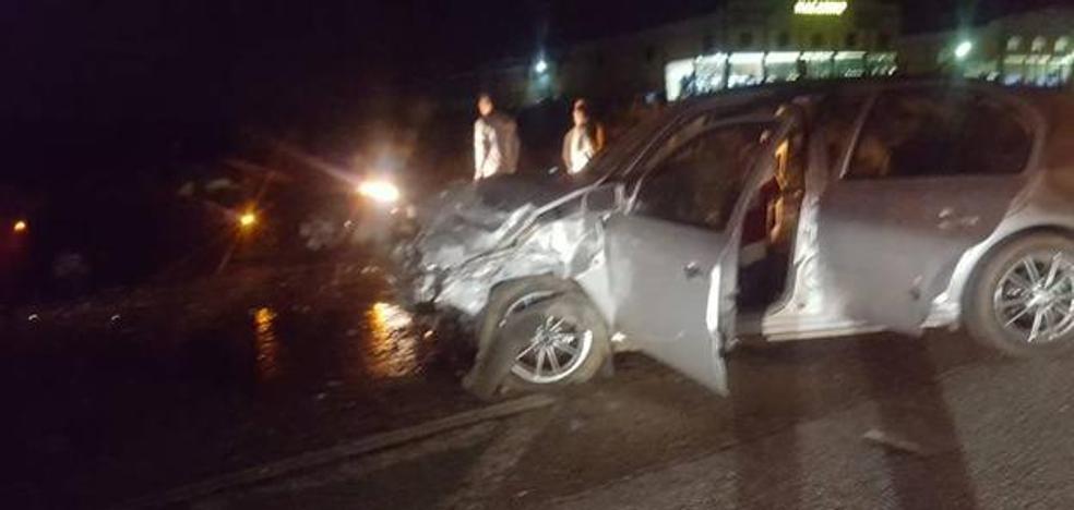 Fallece la mujer herida grave en el choque en la carretera de Almendralejo a Aceuchal