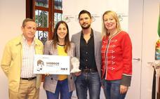 Dos jóvenes de Fuenlabrada de los Montes ganan el premio de folclore 'Isabel Gallardo'