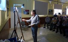 El artista moralo Juan Núñez-Romero retoma las exposiciones e imparte una clase magistral