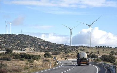 Extremadura tramita catorce proyectos de parques eólicos