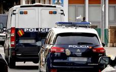 Detenido un abuelo por abusar sexualmente de su dos nietas en Valencia