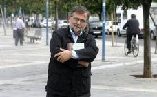 Charla-coloquio del historiador José Calvo Poyato en Aula HOY