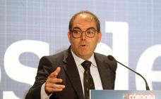 El Gobierno propone a los autónomos una subida de cotizaciones de 260 euros al año