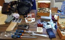Cae en Badajoz un grupo itinerante de ladronas tras un robo en una vivienda de Menacho