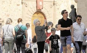 Extremadura lleva su preocupación sobre los alojamientos turísticos ilegales ante la Comisión Europea