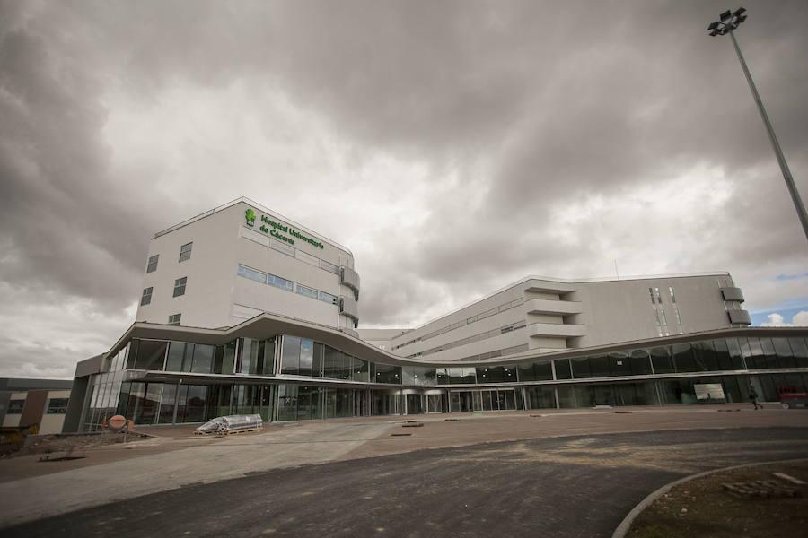 Tijeretazo a la segunda fase del hospital de Cáceres, que baja de 1,2 millones a 300.000 euros