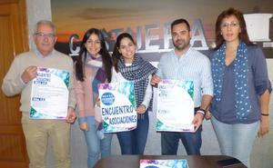 Castuera celebra una cita con sus asociaciones locales como homenaje a su trabajo