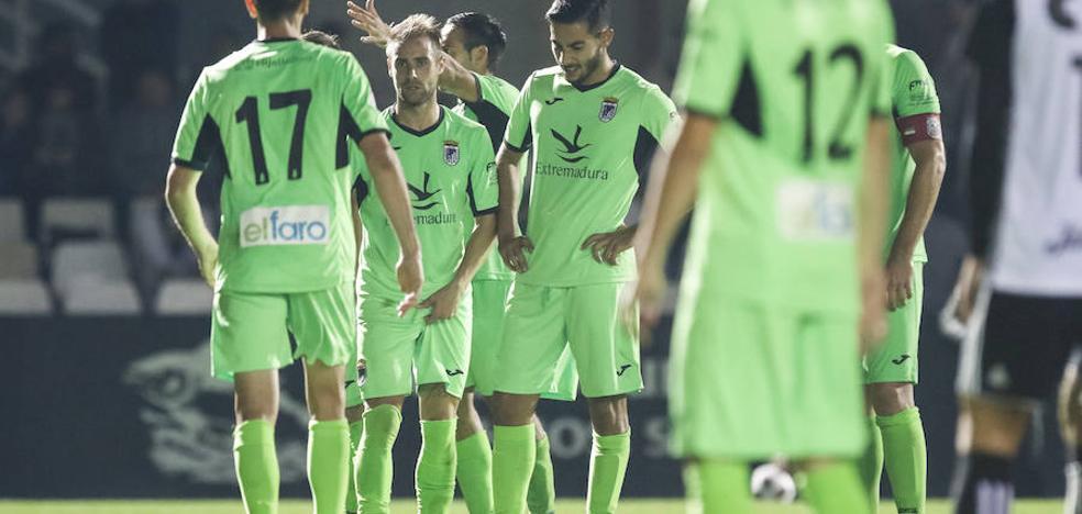 Duro castigo para el Badajoz y primera derrota de Nafti