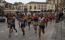 Casi 200 corredores participan en la media maratón trujillana